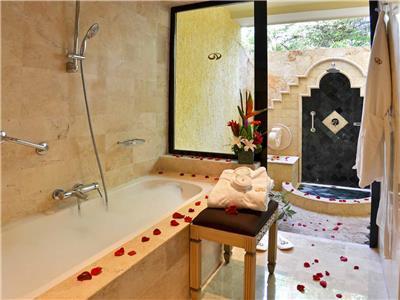 Romance Villa Suite  - Baño