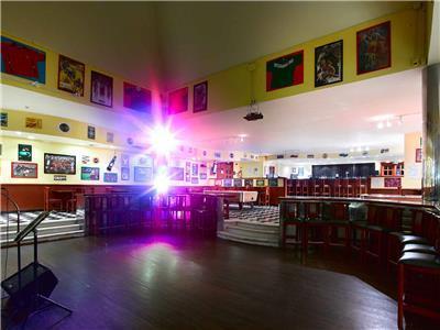 Sport Bar Colonial