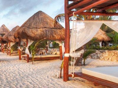 Playa - Camas Balinesas