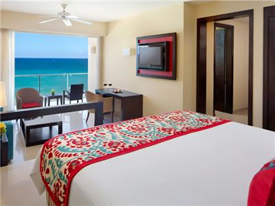 Junior Suite Frente al Mar con Cama King