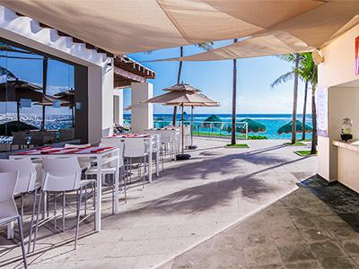 Akeru Beach Bar