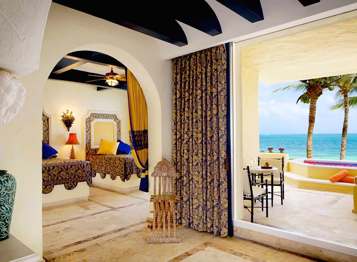 Ocean Front Suite with Plunge Pool