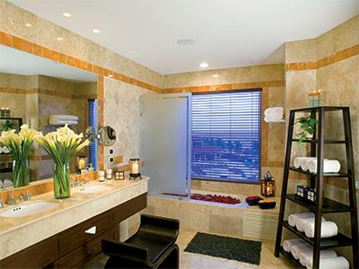 Prerred Club One Bedroom Presidential Suite King - Bathroom
