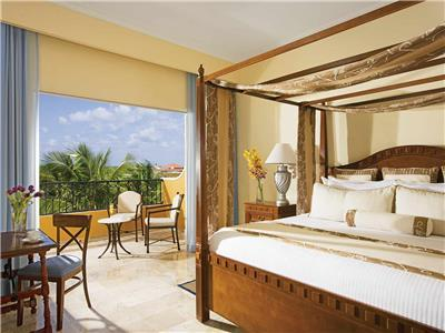 Preferred Club Suite Honey Moon Tropical View King