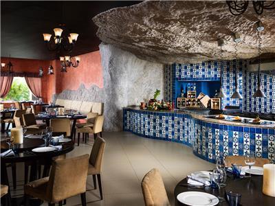 Tapaz Restaurant