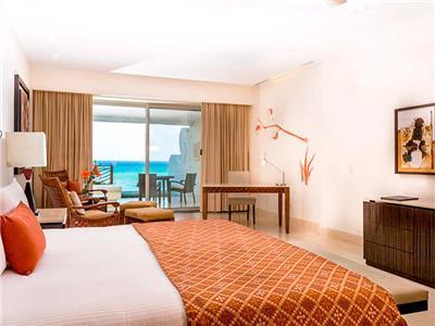 Ambassador Pool Suite Ocean Front