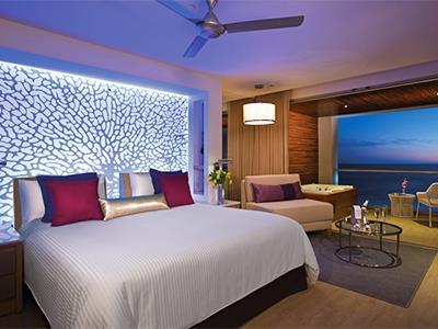 Xhale Club Junior Suite Frente al Mar