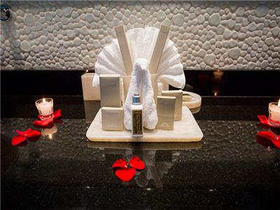 Honeymoon Suite - Amenities