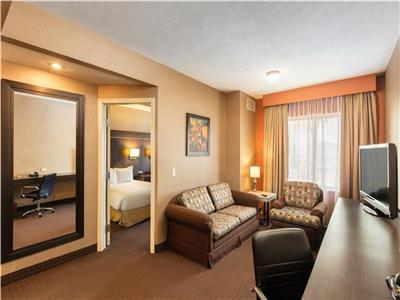 Suite Double with Living Room