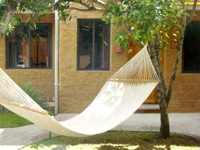 Instalaciones - Hamaca en los jardines