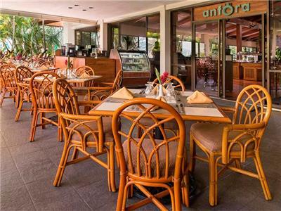 Anfora Restaurant