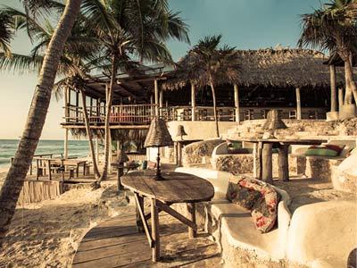 Club de Playa - Otro Ángulo