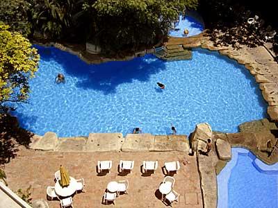 Fotograf as del hotel camino real tuxtla gutierrez for Piscinas trobajo del camino