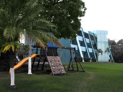 Área de Juegos Infantiles - Jardín
