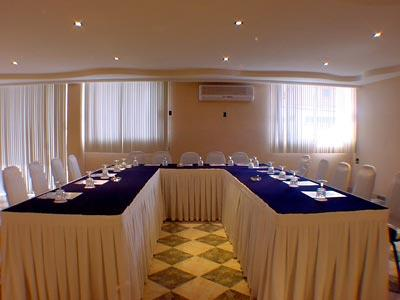 Portales-Meeting Room