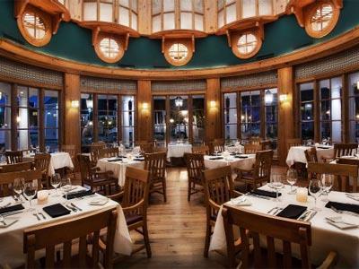 Restaurante Yachtsman Steakhouse Disney's Beach Club Villas