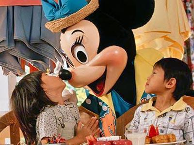 Cape May Café Restaurant Disney's Yacht Club Resort