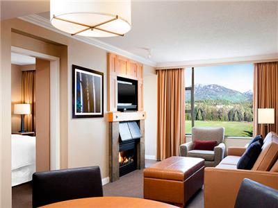 One Bedroom Suite Mountain View