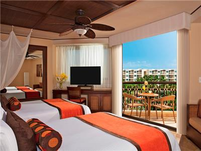 Premium Deluxe Tropical and Garden View Two Beds